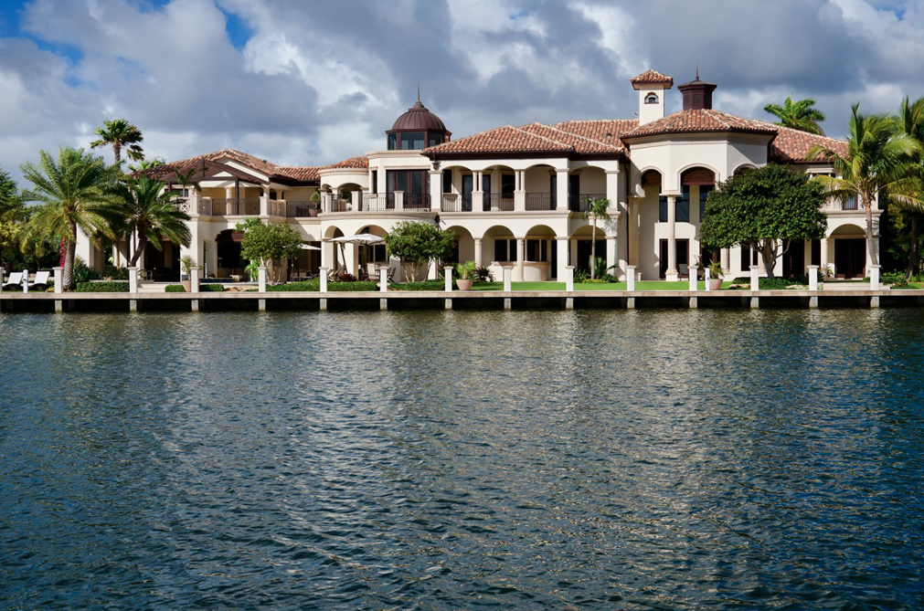 23 000 square foot mediterranean waterfront mansion in for Mega mansions in florida