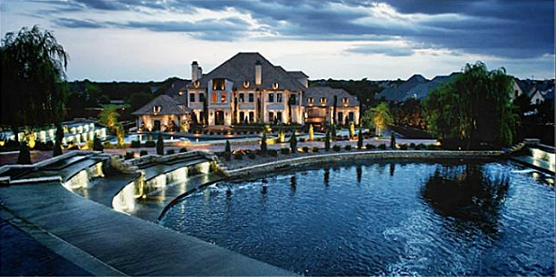 Gated Estate In Southlake Tx With Park Like Grounds