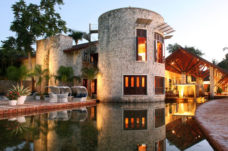 35,000 Square Foot Villa In The Dominican Republic