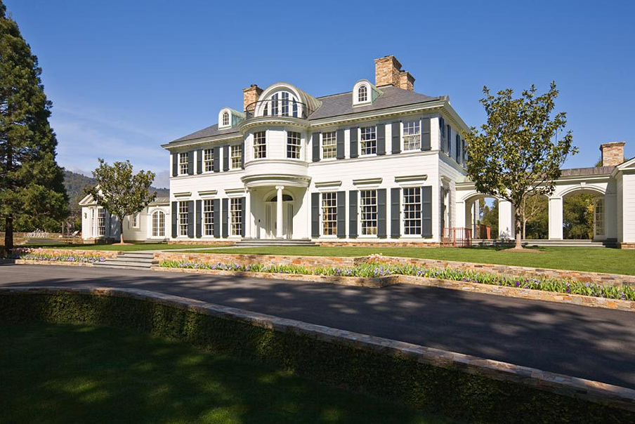 A Woodside, CA Estate Reportedly Sells For A Whopping $117
