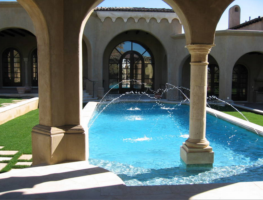 Two Scottsdale, Arizona Mansions That Food Built
