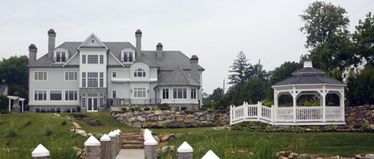15,000 Square Foot Waterfront Mansion In Middletown, NJ