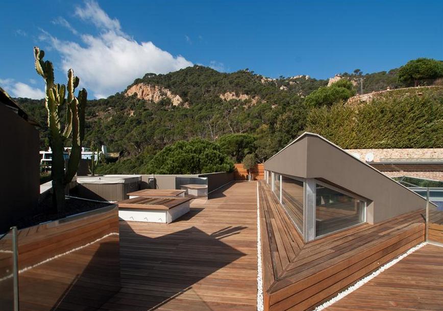 €15 Million Contemporary Villa In Spain