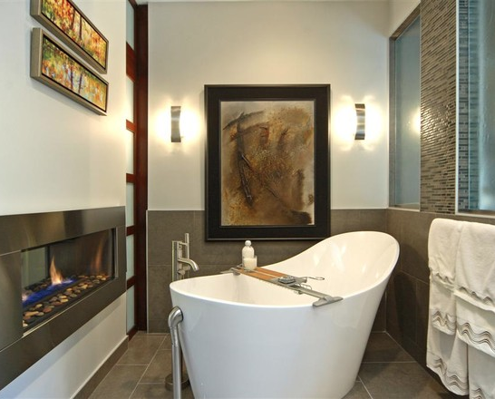 Gentil Nothing Makes A Bathroom More Relaxing And Cozier Than A Fireplace. These  Bathrooms All Boast Different Style Fireplaces Near The Bathtub, Which  Allows For ...
