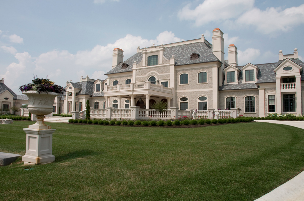 More pics of an ohio mega mansion homes of the rich for Mega homes for sale