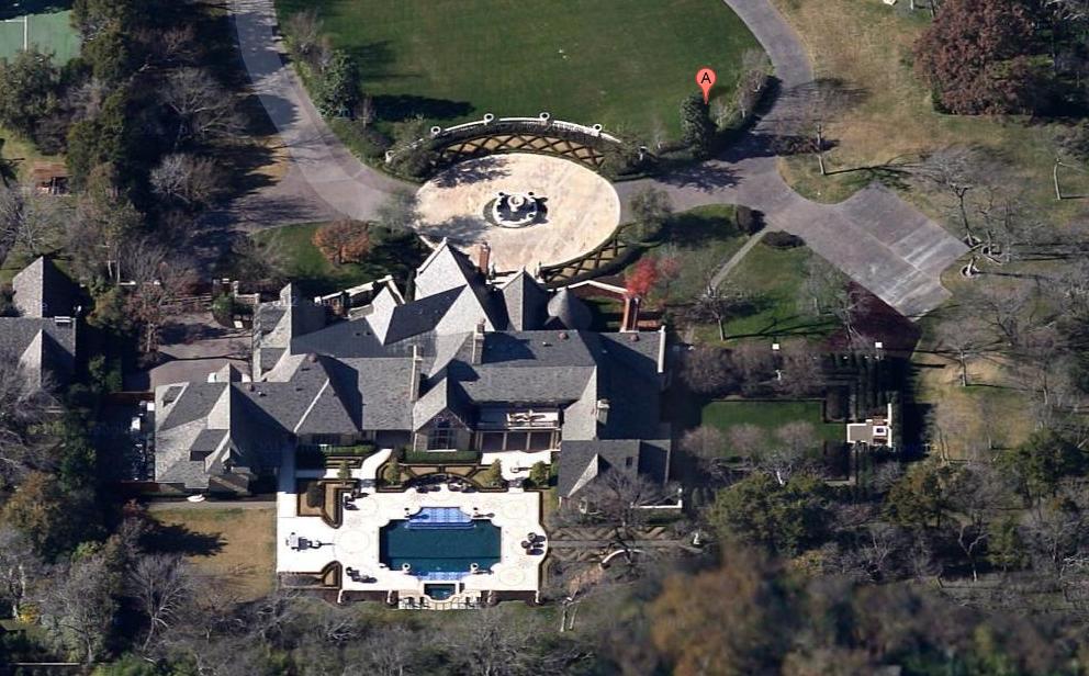 Dans Bois Crête – A Gorgeous Stone Mansion In Dallas, TX