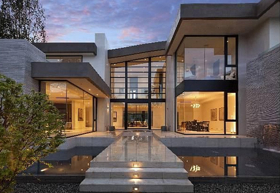 13 5 million newly built modern mansion in los angeles for Contemporary mansions