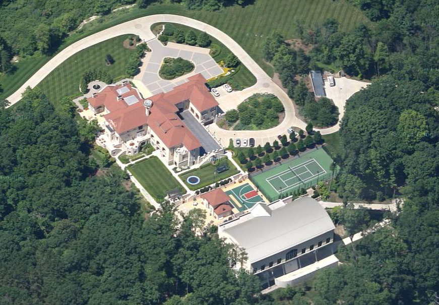The devos brothers michigan mansions homes of the rich for Ada home