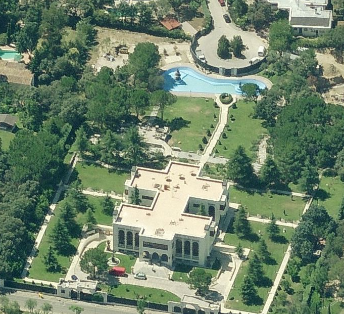 A Look At Some Mansions In Madrid, Spain