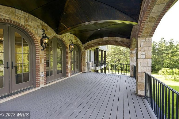 17,000 Square Foot Mansion In A Gated Community In Leesburg, VA