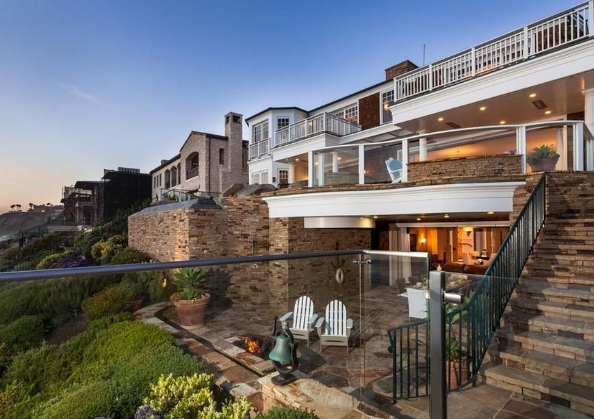 $23.5 Million Cape Cod Style Oceanfront Home In Dana Point, CA