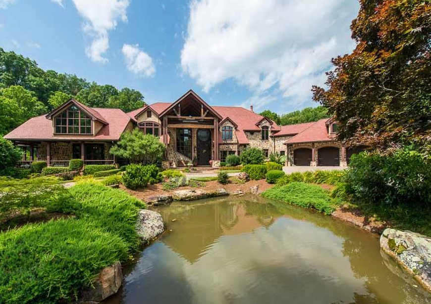 17 5 million 446 acre country estate in gainesville ga for Country homes in georgia