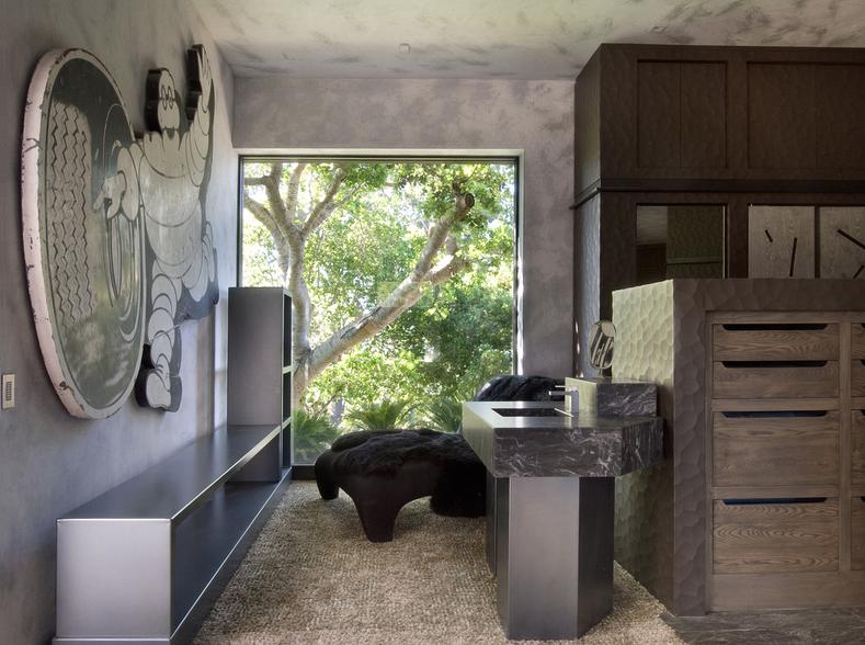 Tres Paraguas – A $36 Million Contemporary Compound In Carmel, CA
