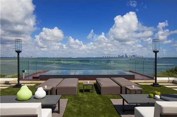 $19.5 Million Newly Built Modern Home In Key Biscayne, FL