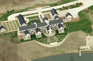 Unique Mega Mansion In Cedar Rapids Ia Homes Of The