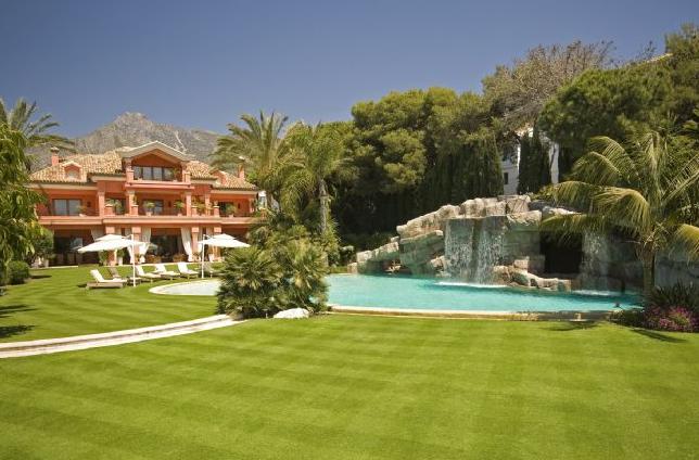 €50 Million Beachfront Estate In Marbella, Spain