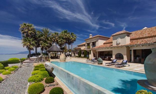 22 000 square foot beachfront estate in marbella spain - Casa home malaga ...