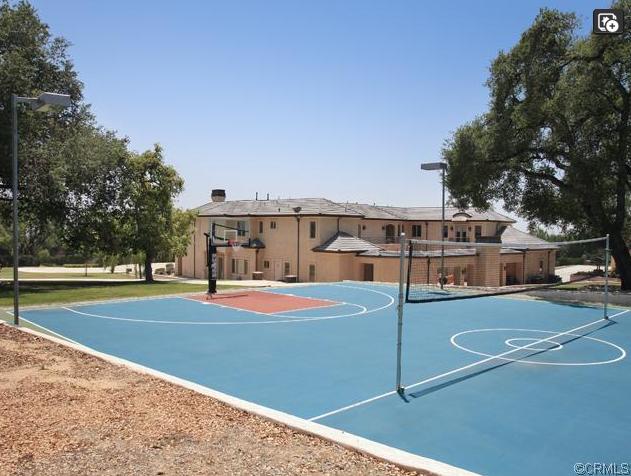 $18.58 Million Mediterranean Estate In Bradbury, CA