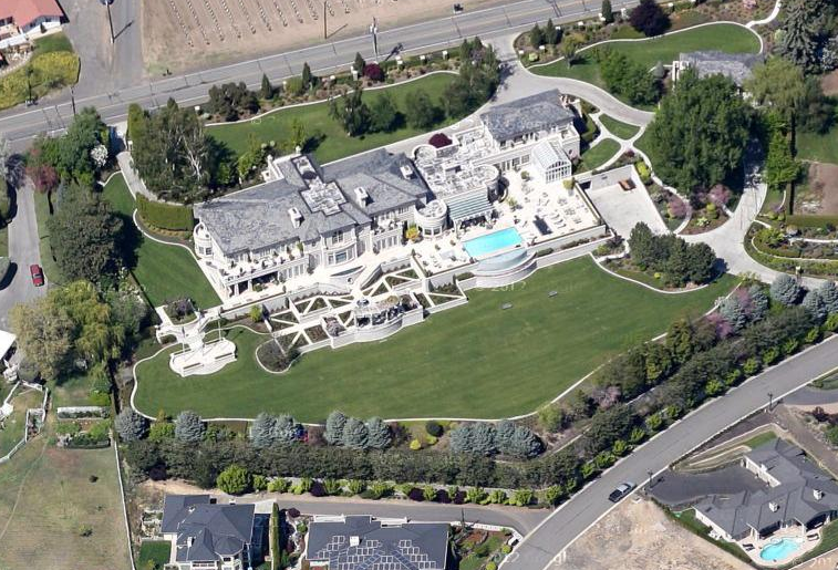 A Look At Some Mansions 63 Homes Of The Rich