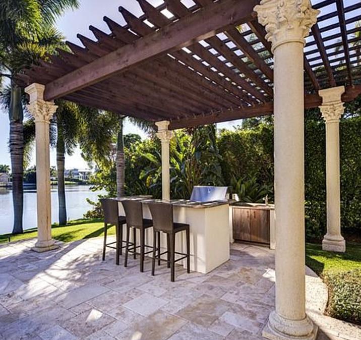 $9.45 Million Mediterranean Mansion In Naples, FL