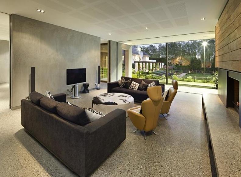 Beautiful 1.3 Acre Estate In Melbourne, Australia