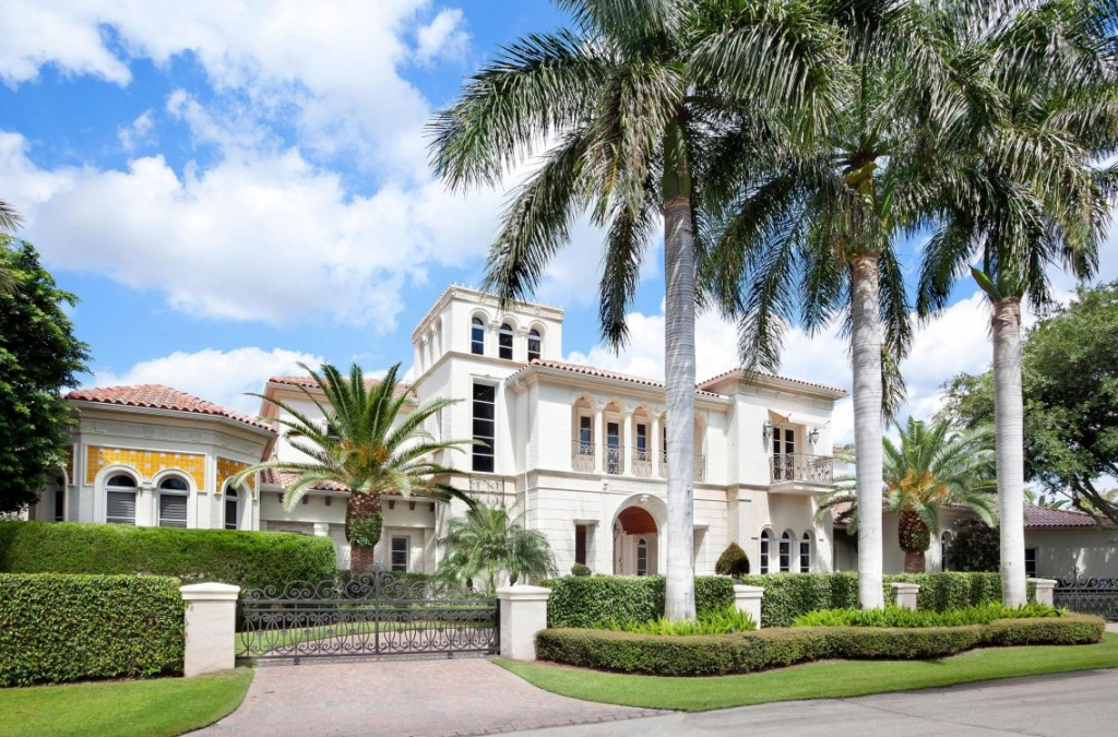 10 9 Million Gated Mansion In The Royal Palm Yacht