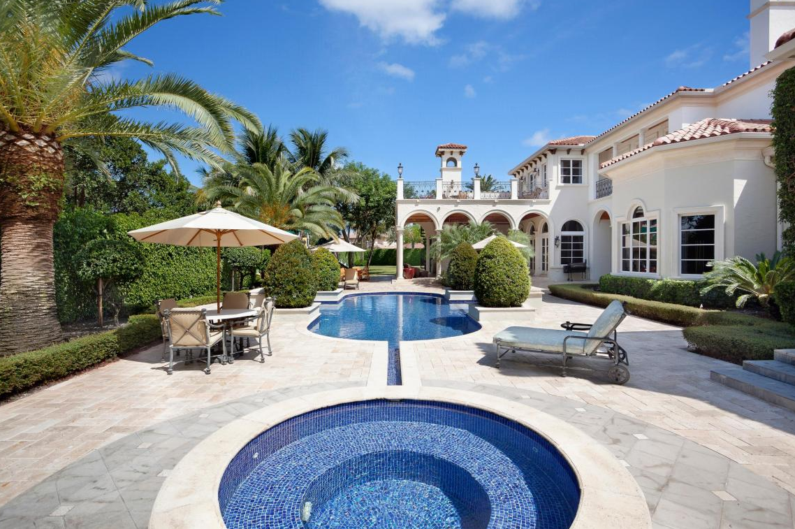 $10.9 Million Gated Mansion In The Royal Palm Yacht & Country Club In Boca Raton, FL