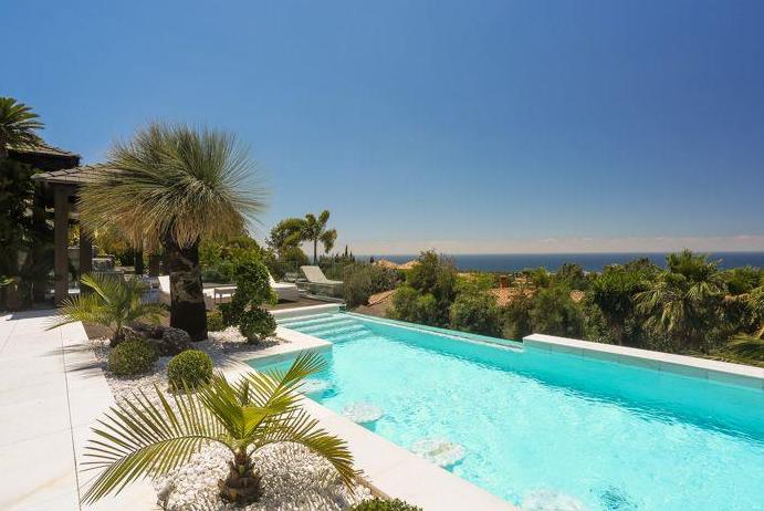 Stunning Contemporary Mansion In Marbella, Spain