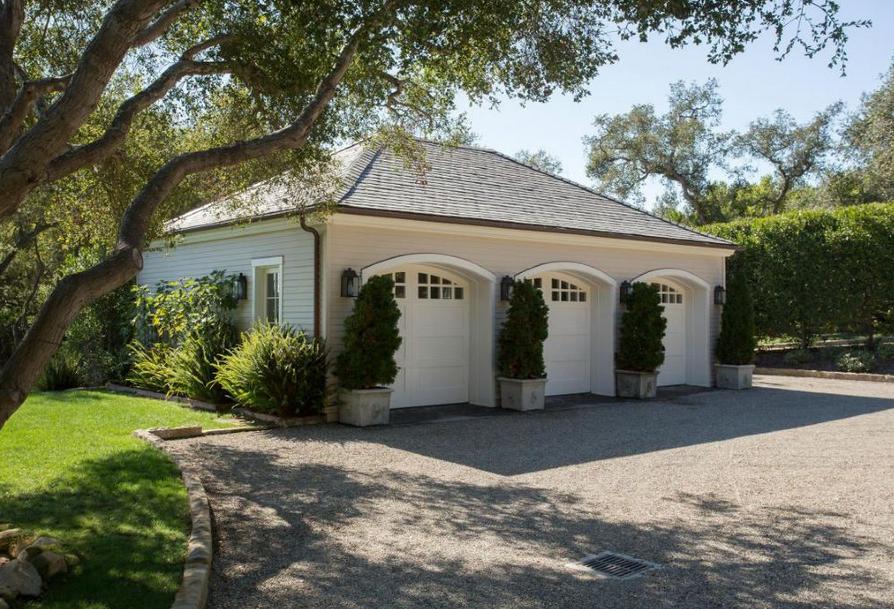 $32.5 Million Estate In Montecito, CA