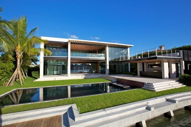 23 5 Million Newly Built Modern Waterfront Mansion In Miami Beach Fl Homes Of The Rich