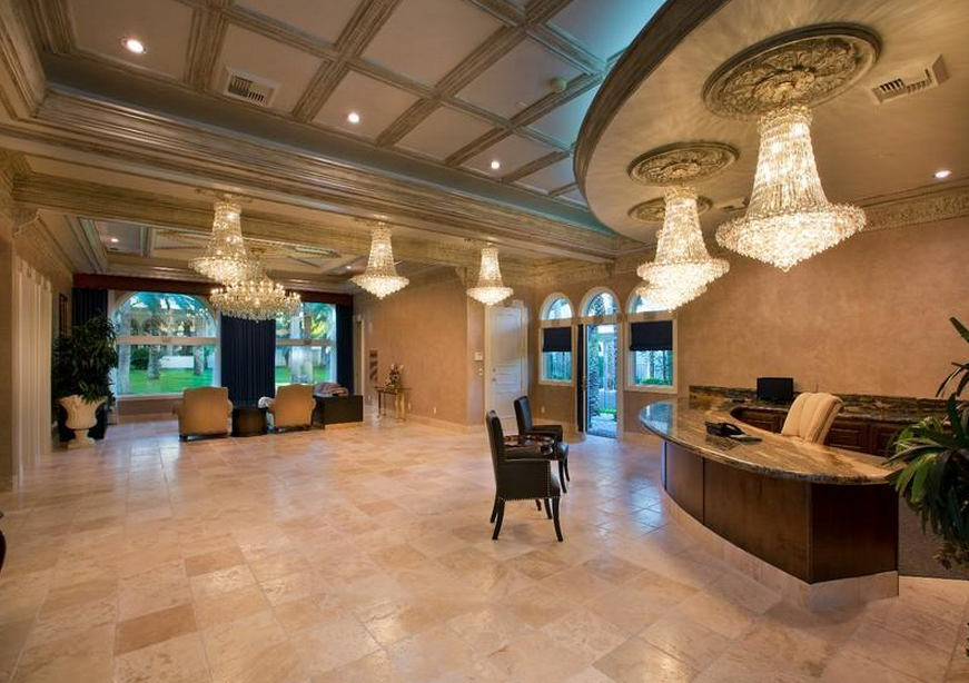$6.9 Million Lavish Compound In Las Vegas, NV