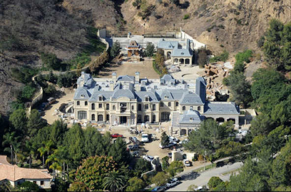 Chinas Elite Drawn Malibu Architect moreover Beautiful 20pictures 20houses also Shahrukh Khan House Pictures From Inside further Updated Aerial Pics Of Mark Wahlbergs 34000 Square Foot Beverly Hills Mega Mansion furthermore Find Dream Homes In These Famous Zip Codes. on 40 beverly park circle