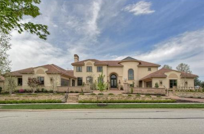 15 000 square foot mansion in leawood ks homes of the rich for Home builders in kansas