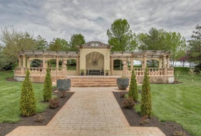 15,000 Square Foot Mansion In Leawood, KS