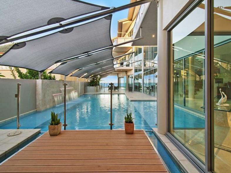 Modern Waterfront Mansion In Queensland, Australia