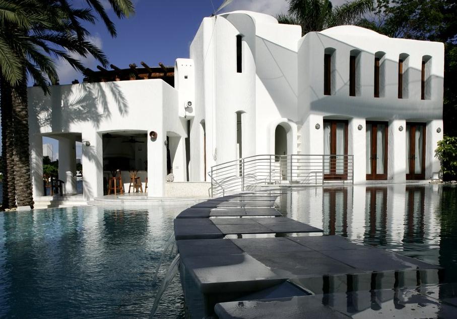 $22.5 Million Modern Waterfront Estate In Miami Beach, FL
