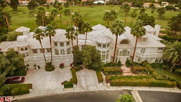 Some real estate news homes of the rich for Michael jordan real estate