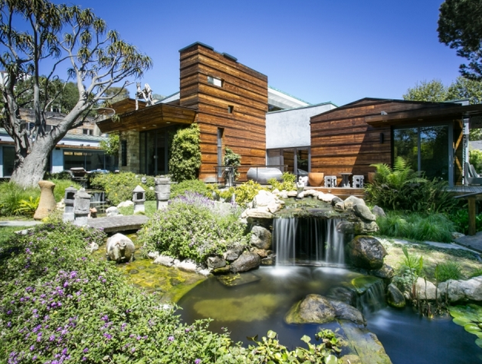 $18.75 Million Contemporary Compound In Santa Monica, CA Up For Auction