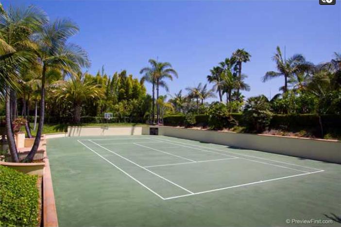 $15.9 Million Renvoated Mediterranean Mansion In Rancho Santa Fe, CA