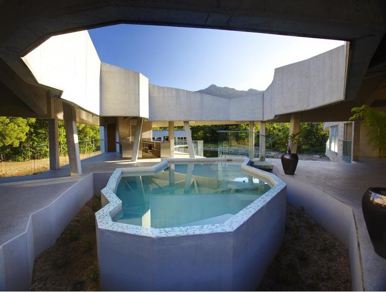 Alkira – An Architecturally Unique Home In Queensland, AU
