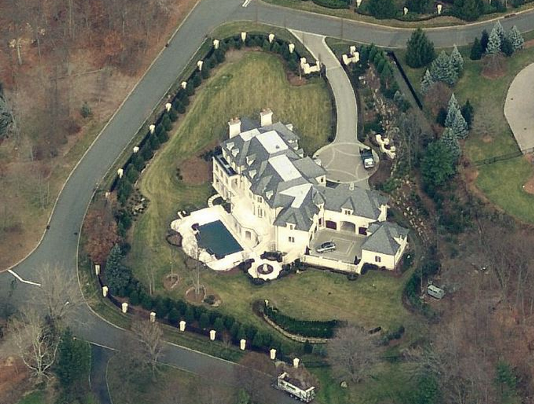Newly built limestone mansion in alpine nj homes of the for 19 autumn terrace alpine nj