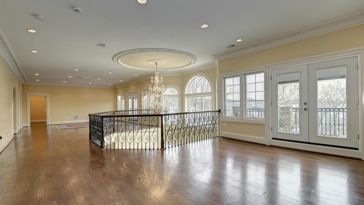 22,000 Square Foot Mansion In Herndon, VA Re-Listed