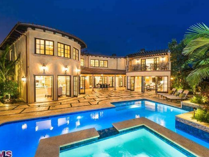 11,000 Square Foot Newly Built Mansion In Los Angeles, CA