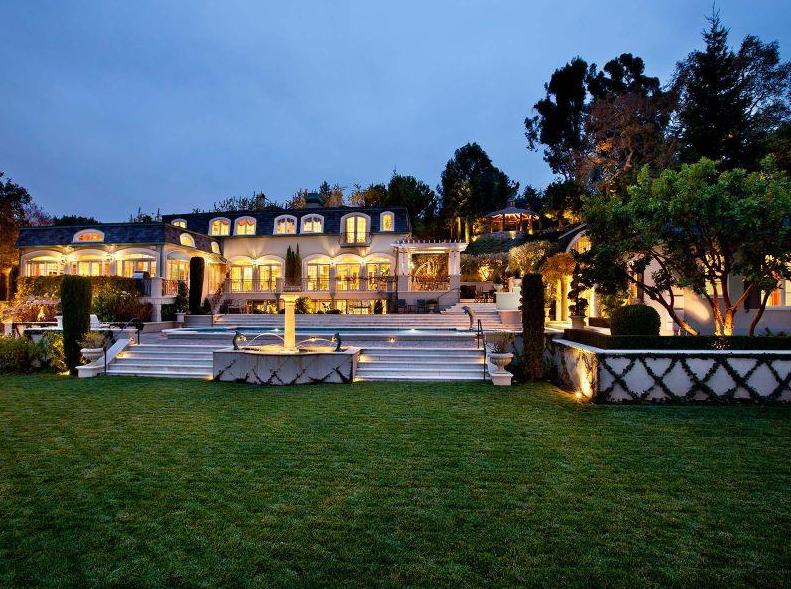 $14.988 Million French Manor In Palo Alto, CA