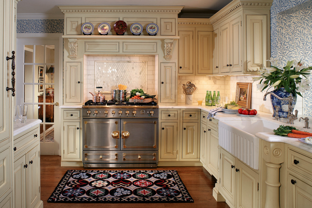 A Look At Some Gourmet Kitchens With La Cornue Ranges