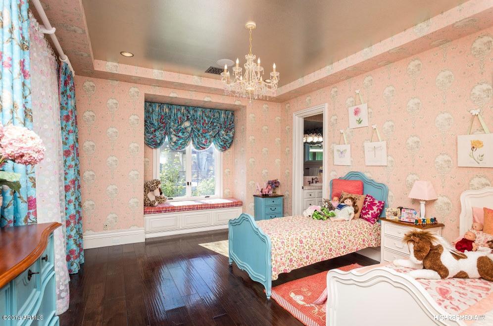 $5.25 Million Santa Barbara Style Mansion In Paradise Valley, AZ