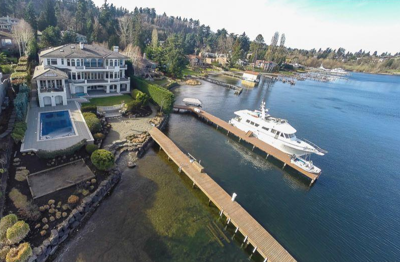 Villa Serena – A $6.3 Million Waterfront Estate In Mercer Island, WA
