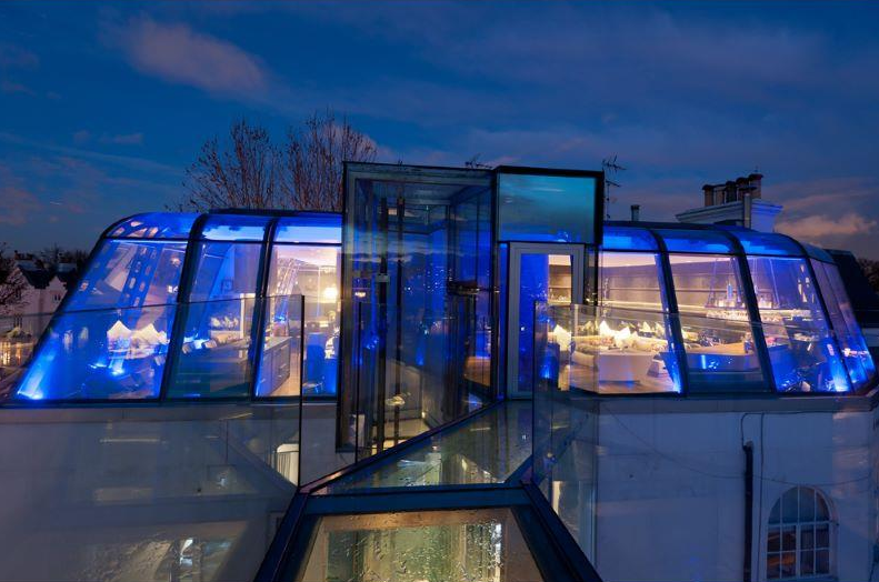 Awesome 2 Floor Glass Penthouse In London, England