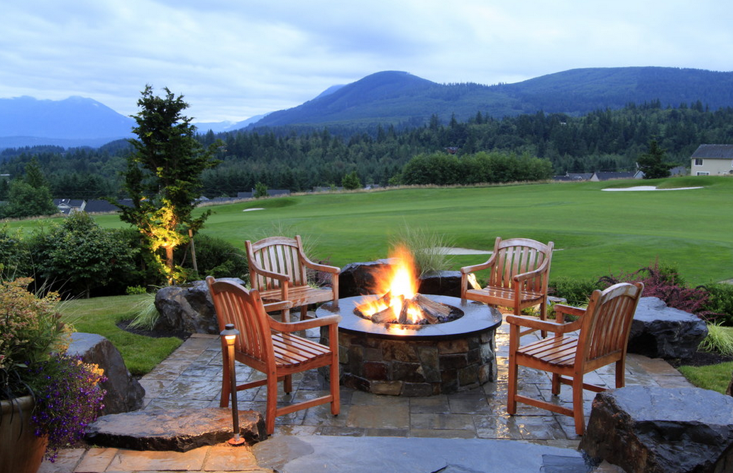 A Look At Some Fire Pits From Houzz.com