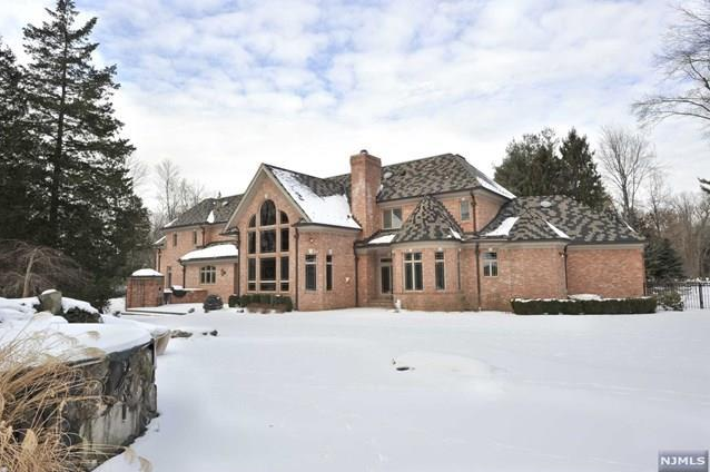 $5.9 Million Brick Mansion In Saddle River, NJ